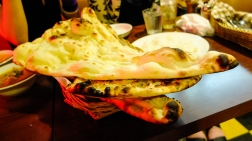 World's largest naan.